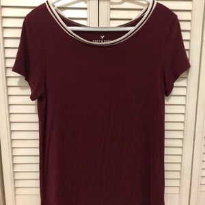 american eagle red/maroon shirt